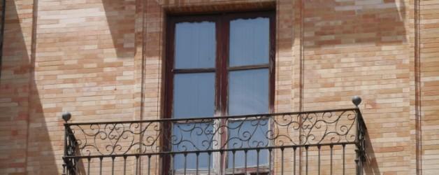 des fenêtres à Séville