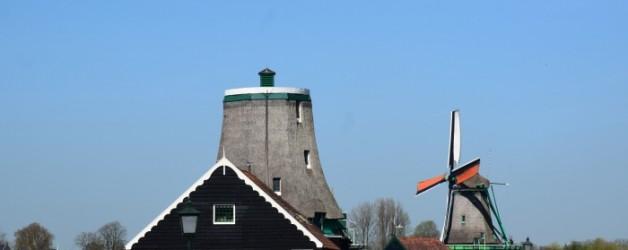 le joli village des moulins de Zaanse Schans aux Pays Bas