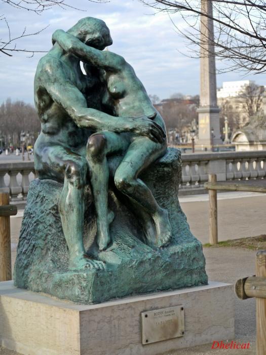Le baiser de rodin dhelicat - Sculpture jardin des tuileries ...