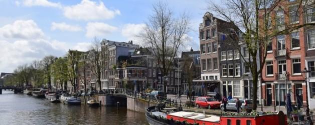 Amsterdam se balader le long des canaux